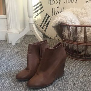 Shoes - Cognac Wedge ankle boots